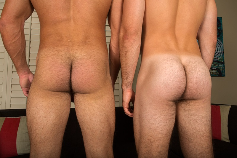 SeanCody-Hairy-chested-muscle-hunk-sexy-Scott-bareback-fucks-Tanner-bare-cock-tanned-ass-cheeks-raw-asshole-bareback-fucks-man-hole-edge-017-gay-porn-sex-porno-video-pics-gallery-photo