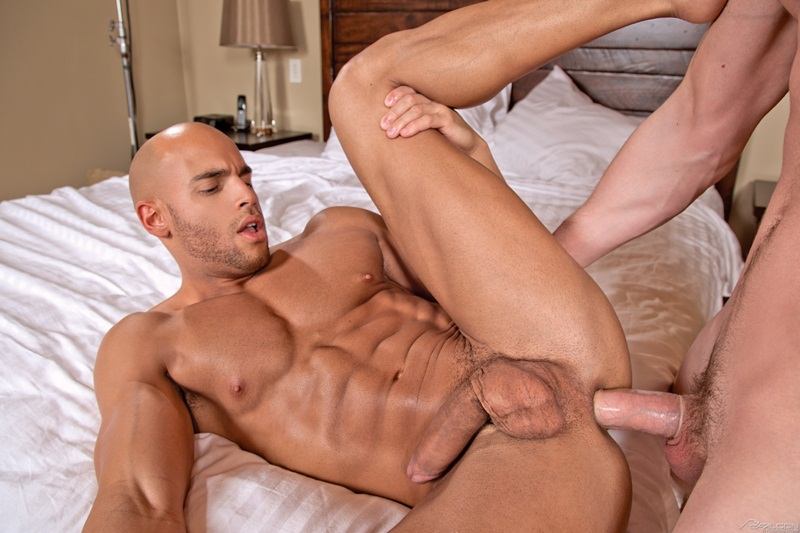 FalconStudios-naked-smooth-Sean-Zevran-Andrew-Stark-strokes-monster-penis-suck-blow-job-muscled-bubble-butt-big-thick-cock-muscle-cum-13-gay-porn-star-sex-video-gallery-photo