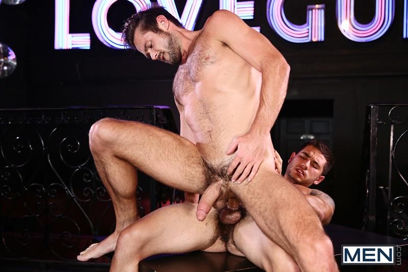hallow man movie sex scene