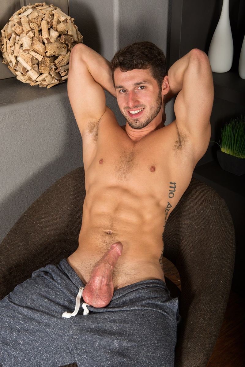 SeanCody-Sexy-young-bearded-muscle-stud-Coty-good-looking-guy-thick-cock-hairy-bubble-ass-cheeks-orgasm-jerks-blows-cumload-furry-abs-13-gay-porn-star-sex-video-gallery-photo