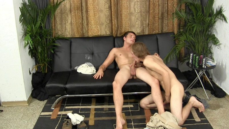 StraightFraternity-Horse-hung-huge-cock-Kayden-trades-blowjobs-well-endowed-Jeff-shoots-load-cums-male-cum-facialstraight-men-cocksucker-07-gay-porn-star-sex-video-gallery-photo