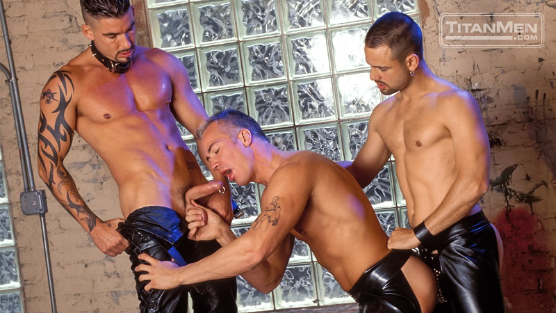 TitanMen-Austin-Masters-Bronn-Douglas-Damon-Page-Jackson-Reid-Jay-Black-Jim-Buck-Kyle-Brandon-Mike-Roberts-Ric-Hunter-Steve-Cannon-06-gay-porn-star-sex-video-gallery-photo