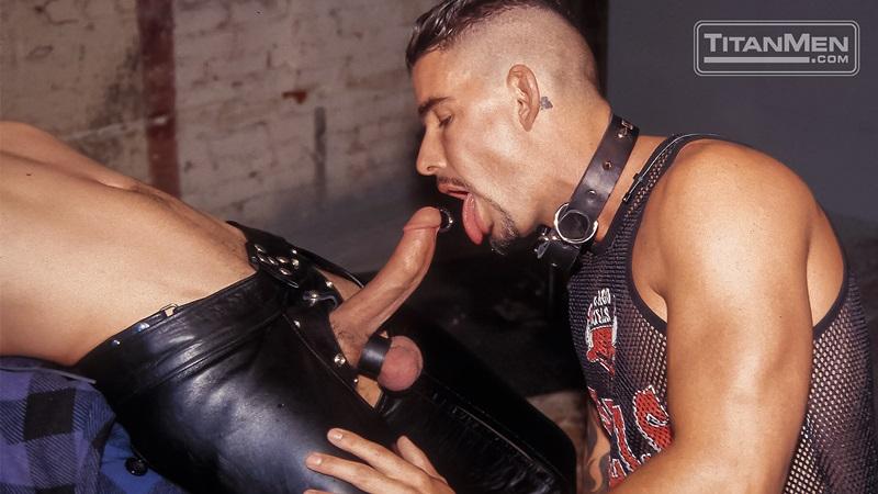 TitanMen-Austin-Masters-Bronn-Douglas-Damon-Page-Jackson-Reid-Jay-Black-Jim-Buck-Kyle-Brandon-Mike-Roberts-Ric-Hunter-Steve-Cannon-09-gay-porn-star-sex-video-gallery-photo