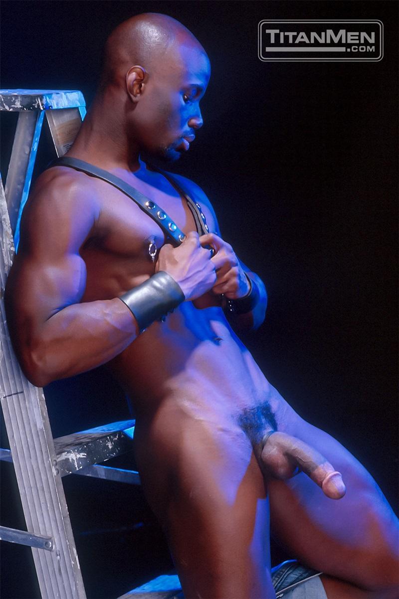 TitanMen-Austin-Masters-Bronn-Douglas-Damon-Page-Jackson-Reid-Jay-Black-Jim-Buck-Kyle-Brandon-Mike-Roberts-Ric-Hunter-Steve-Cannon-29-gay-porn-star-sex-video-gallery-photo