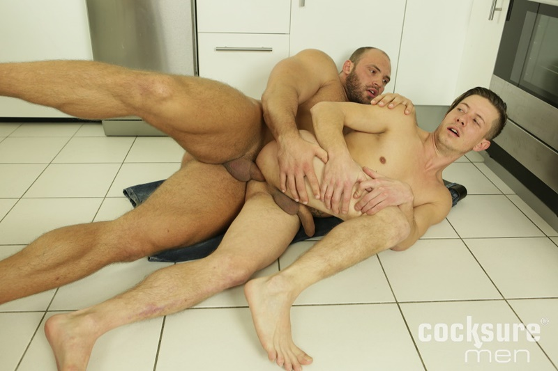 CocksureMen-Hairy-chest-muscle-stud-Thomas-Ride-Petr-Oteo-men-kissing-barebacking-bog-thick-long-bare-cock-ass-fucking-muscled-men-assplay-016-gay-porn-sex-gallery-pics-video-photo