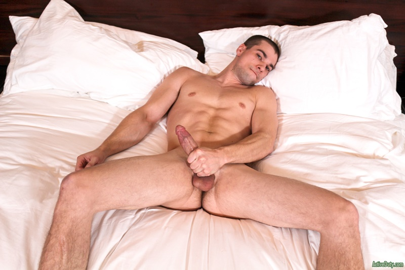 Huge Cocks Jerking Off Solo - Sexy young stud Princeton Price solo jerk off - Nude Dude ...