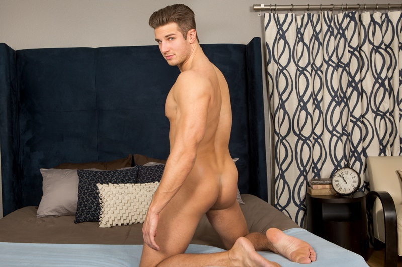 SeanCody-shaved-chest-hair-sexy-young-American-muscle-boy-Coen-strips-naked-jerking-his-big-thick-long-cut-dick-ripped-six-pack-abs-013-gay-porn-sex-gallery-pics-video-photo