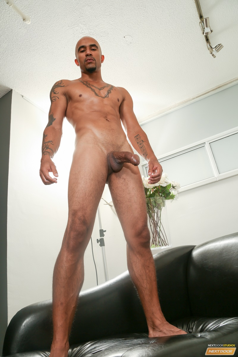 Sexy Ripped Naked Black Dude King Noire Jerks His Huge -8649