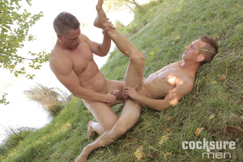cocksuremen-sexy-young-naked-dudes-tomas-decastro-tomas-adamec-bareback-raw-big-cock-ass-fucking-anal-rimming-cocksucking-big-dick-010-gay-porn-sex-gallery-pics-video-photo