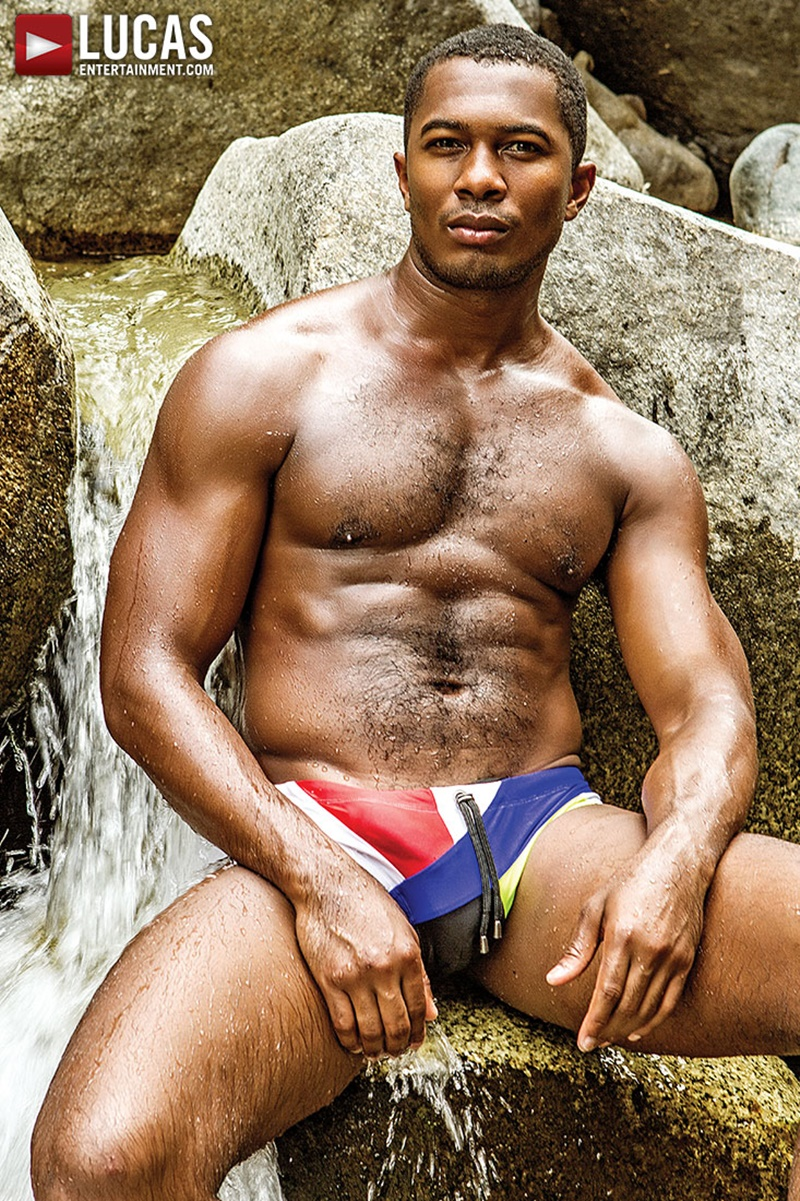 lucasentertainment-sexy-naked-interracial-dudes-bareback-fuck-devin-franco-bottoms-sean-xavier-bare-black-dick-huge-10-inch-black-cock-004-gay-porn-sex-gallery-pics-video-photo