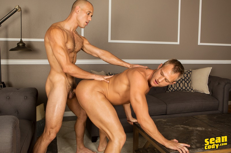 seancody-sean-cody-frankie-blake-bareback-anal-fucking-big-thick-long-large-dick-bare-raw-barebacking-anal-rimming-cocksucker-008-gay-porn-sex-gallery-pics-video-photo