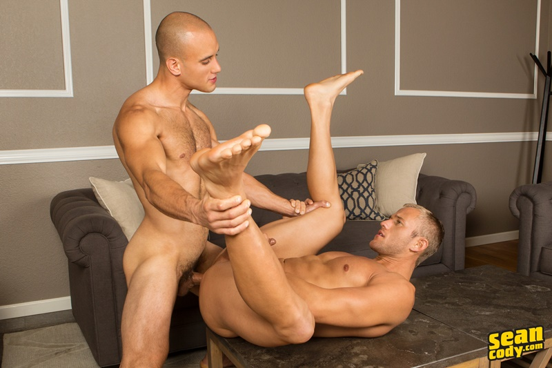 seancody-sean-cody-frankie-blake-bareback-anal-fucking-big-thick-long-large-dick-bare-raw-barebacking-anal-rimming-cocksucker-010-gay-porn-sex-gallery-pics-video-photo