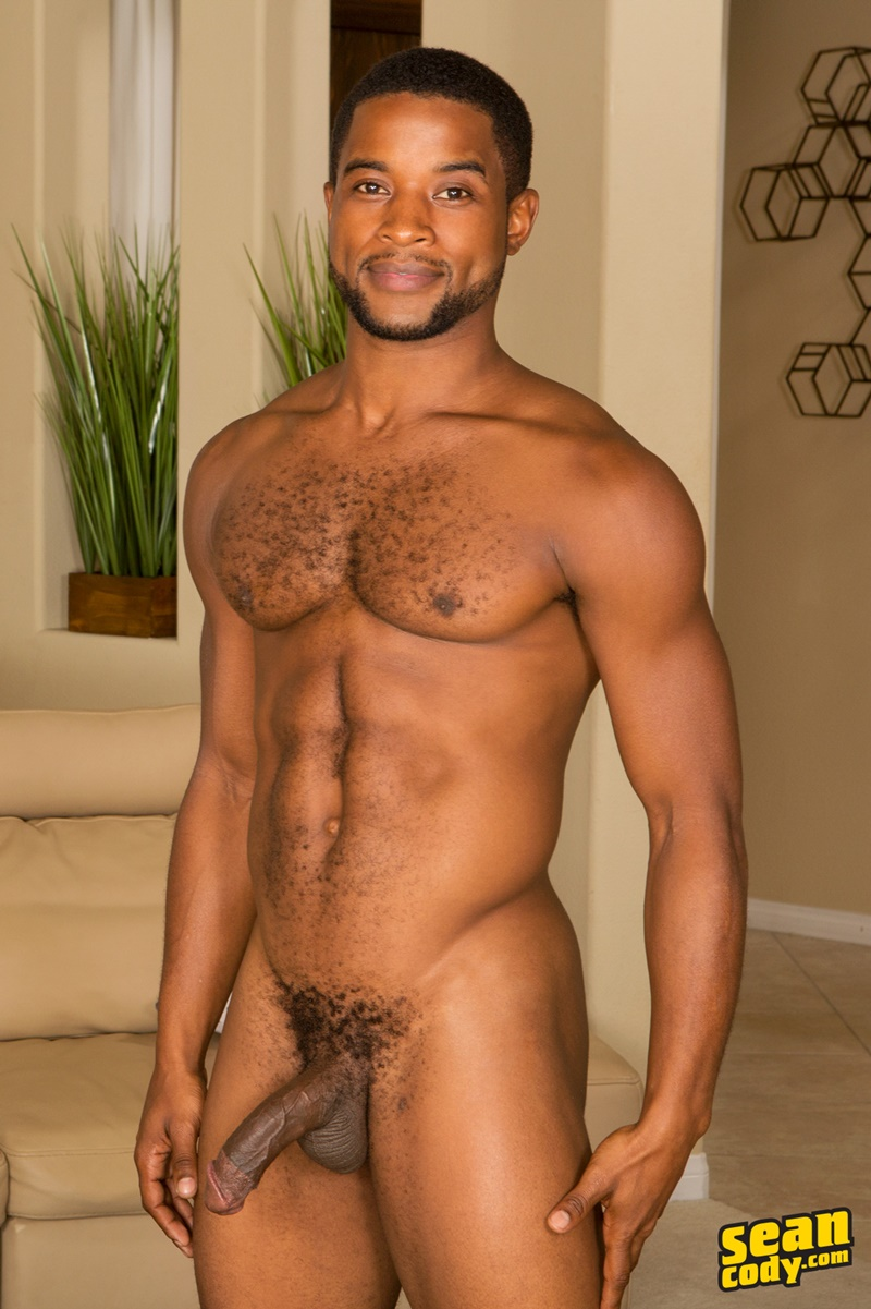 seancody-interracial-muscle-hunks-josiah-huge-black-dick-bareback-fucking-landon-smooth-white-bubble-ass-rimming-cocksucking-004-gay-porn-sex-gallery-pics-video-photo