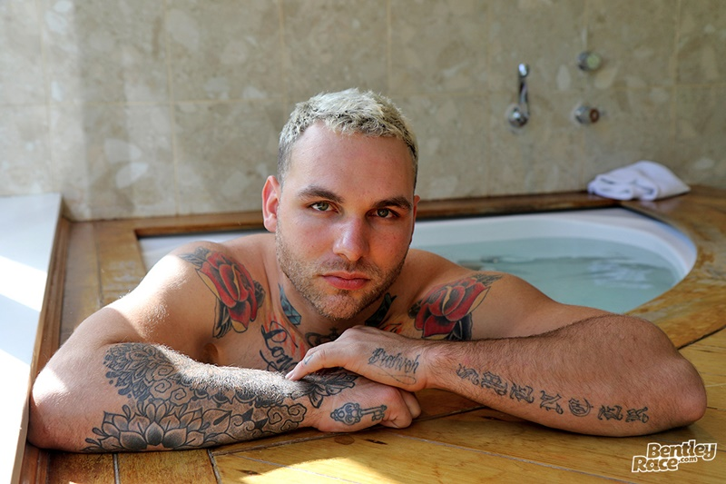 bentleyrace-sexy-young-naked-muscle-hunk-hunter-jones-australian-aussie-boy-beard-inked-tattoo-hairy-ass-cheeks-low-hanging-balls-003-gay-porn-sex-gallery-pics-video-photo
