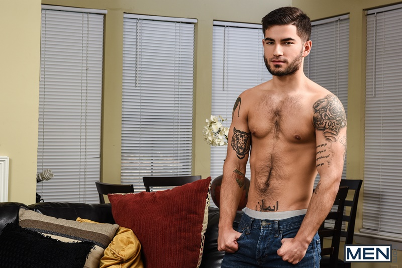men-naked-muscle-dudes-vadim-black-sucks-beefy-muscled-hunk-brad-banks-huge-thick-cock-tattoo-smooth-asshole-fucking-anal-cocksucker-004-gay-porn-sex-gallery-pics-video-photo