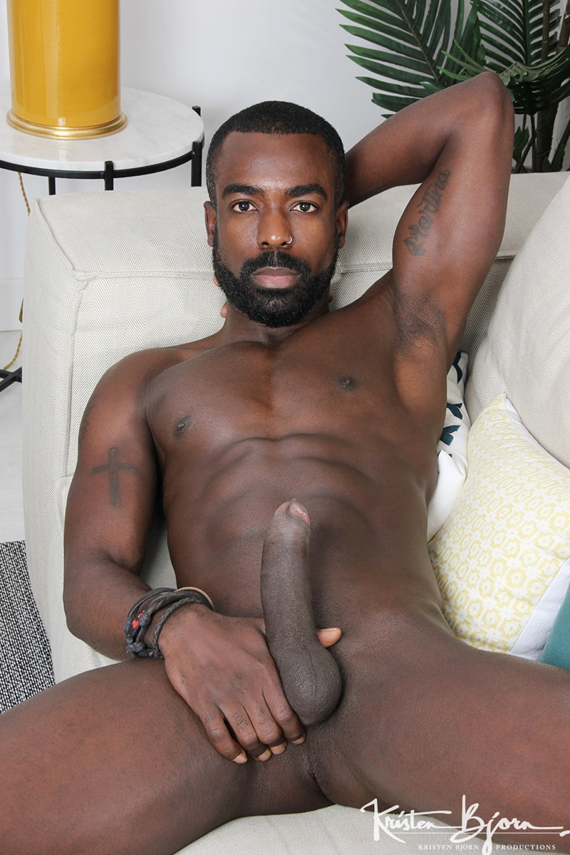 Ripped Black Muscle Dude Peter Conners Big Dick Fucking Mikel Dukes -5905
