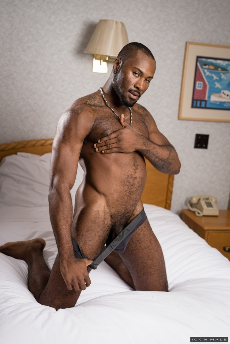 Roman Todds Smooth White Ass Fucked Hard By Noah Donovans Beautiful Black Cock - Nude Dude Sex -1840