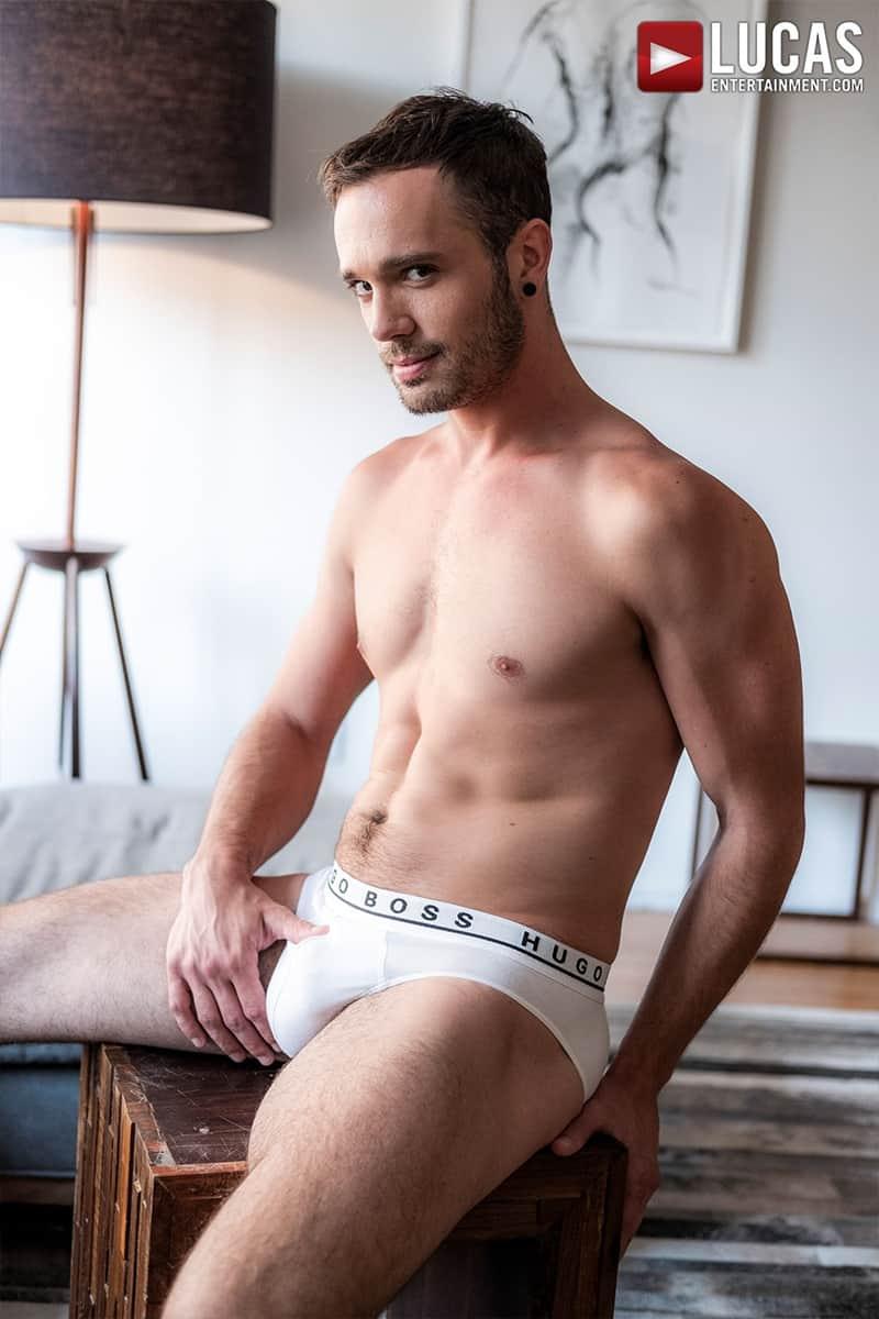 Muscle-Daddy-Tomas-Brand-bareback-fucks-Drake-Rogers-hot-bubble-butt-Ass-LucasEntertainment-003-Gay-Porn-Pics