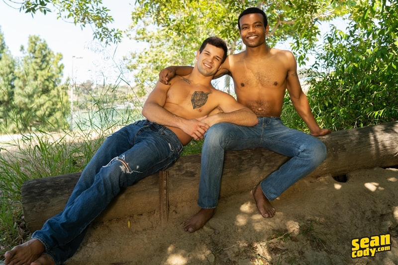 Interracial-bareback-anal-ripped-white-muscle-boy-Brysen-huge-bare-cock-fucks-sexy-black-dude-Ace-SeanCody-005-gay-porn-pics